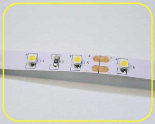 led streifen 5m warmwei 12v 24w ip20 300 leds. Black Bedroom Furniture Sets. Home Design Ideas