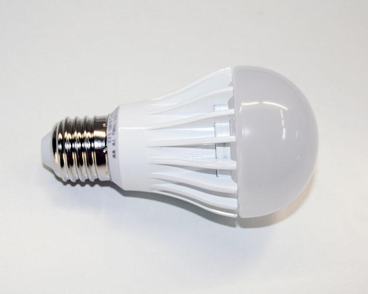 led reflektor birne a60 e27 7w 190 warmwei 2700k milchig. Black Bedroom Furniture Sets. Home Design Ideas